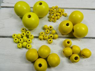 Wood Yellow, this is a Display of all the Yellow Wood Beads available