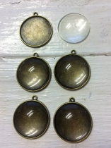 Cabbochon Glass Domes with Bronze Colour Metal Plate Pendant 25mm R60-5 pieces *Glass Dome and Pendant